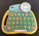 E1116: V Tech Alphabet Desk