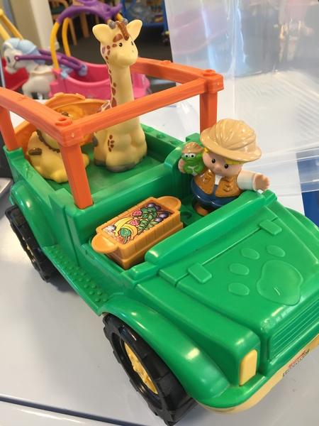 L82: F/P L/P Safari Truck