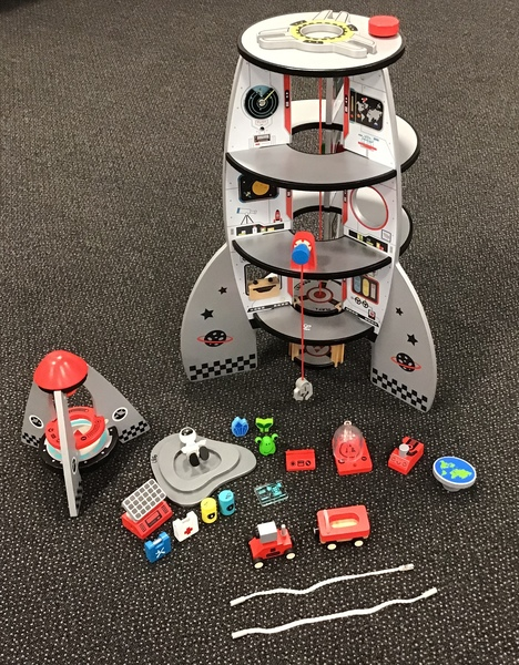 L86: Hape Four-Stage Rocket Ship