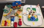 L1502: Little People Train