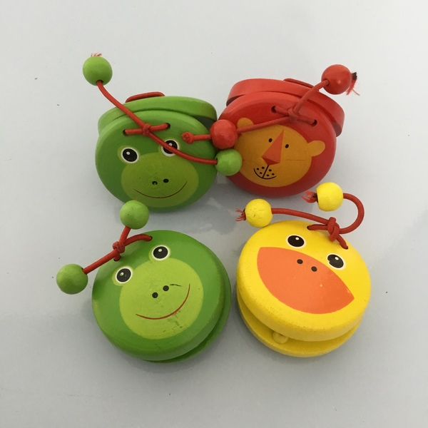 M5: Castanets x 4