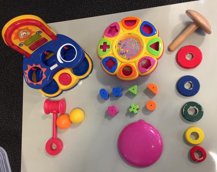DB10: Ball fun, stacking ring, shape sorter