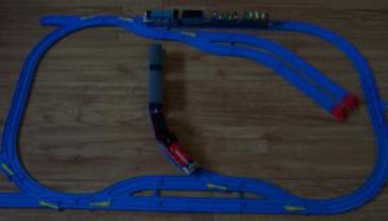 B48: Motorised Train Set