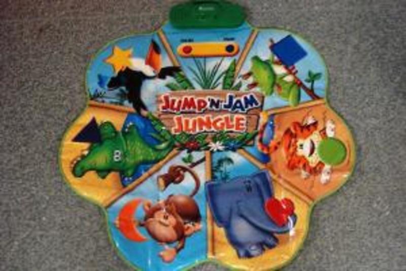 G41: Jump n' jam jungle mat