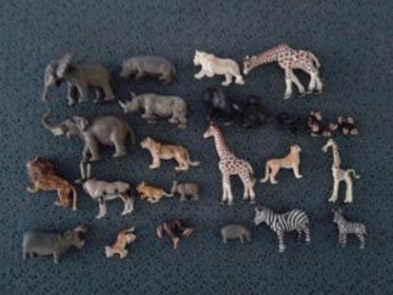 R68: Schleich Wild Animal Set