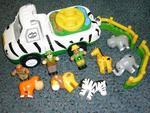 R153: Safari Adventure & Park Animals