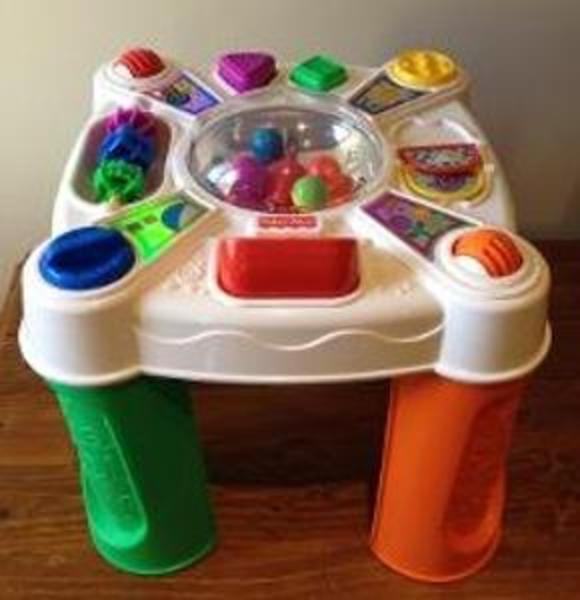 R202: Fisher Price Play Table