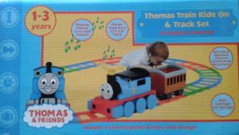 R240: Thomas Train Ride-On