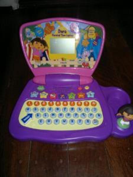 RE13: Dora Laptop