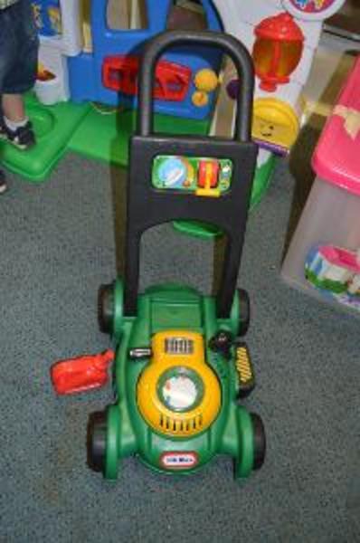 O137: Gas & Go Lawn Mower