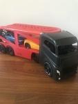 O12: Giant Car Truck