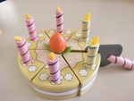 R279: Wooden Birthday Cake
