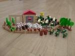 I182: Woody Click Farm set