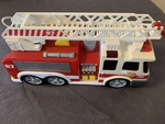 I441: Fire Truck with water hose