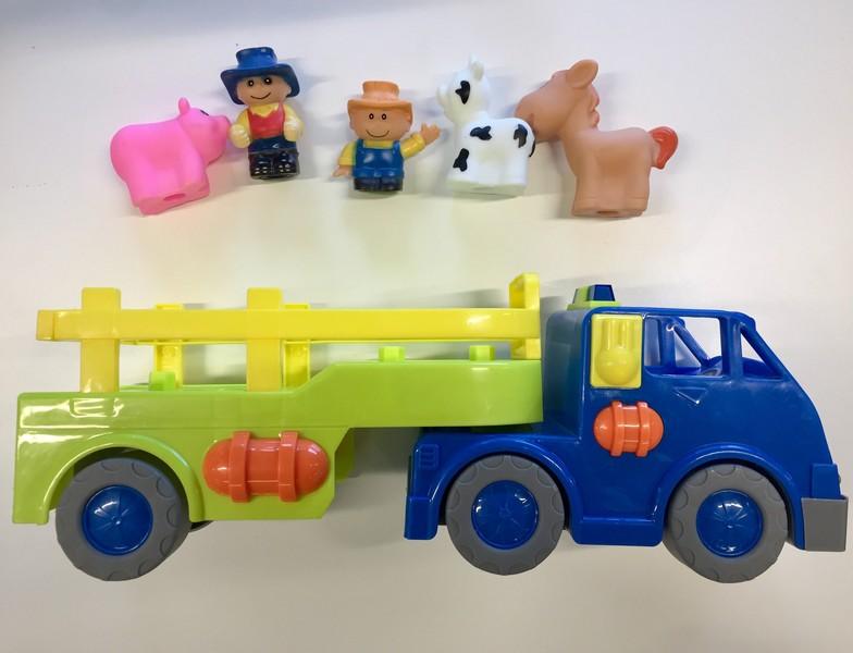 E4006: Farm Play Set