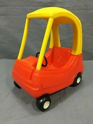 A2004: Cozy Coupe Car