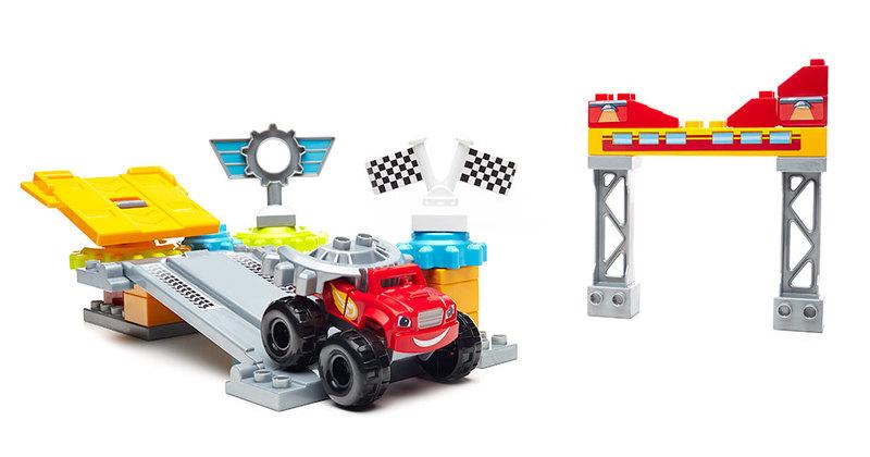 F02: Mega Bloks Blaze City Garage Playset