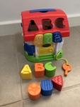 B51: Shape Sorting House