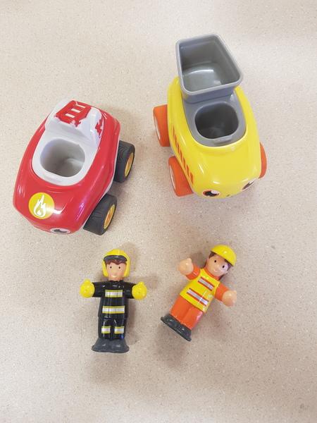 F55: Jax & Blaze cars