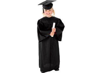 R14: Graduation Gown Incl. Hat