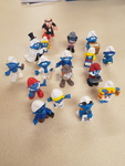 F22: Smurfs Figurines