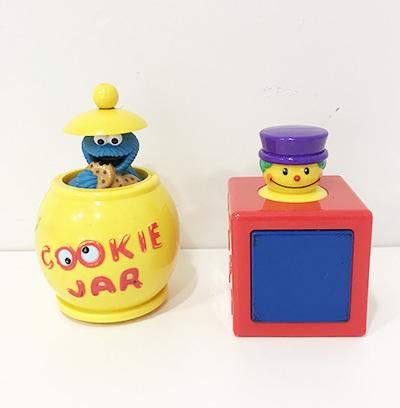 T3327: Peek a Boo toys