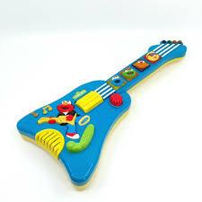 T61145: Sesame Street Guitar