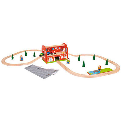 T5426: Wooden Train Set