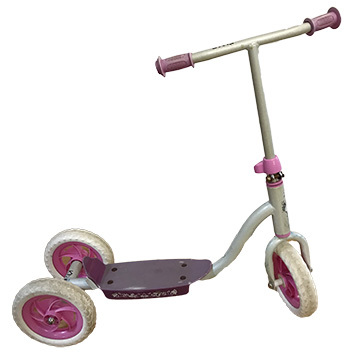 K1215: Pink Scooter
