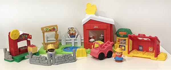 K5526: Little People Farm Stall