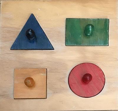 T8106: Coloured Shapes Puzzle
