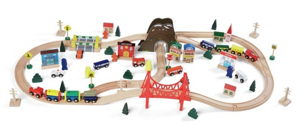 K5414: Wooden Train Set