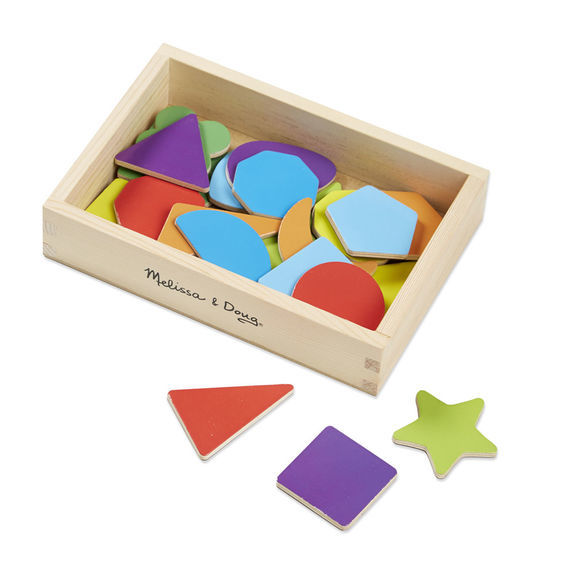 T4105: Wooden Shape Magnets