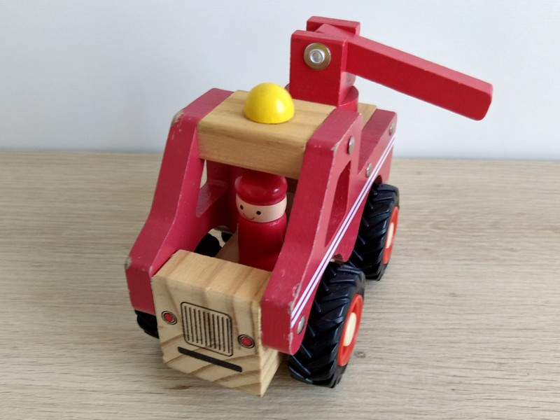 T5470: Mini Fire Engine