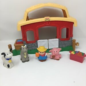T551340: Fisher Price Musical Barn