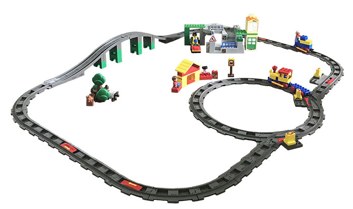 K5421: Duplo Train Set