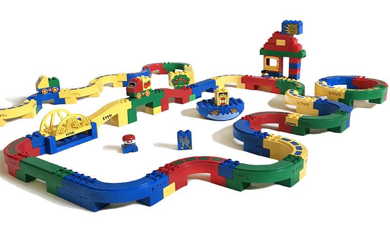 K5441: Duplo Brick Runner