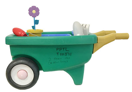 T111371: Little Tikes 2-in1 Garden Cart and Wheelbarrow