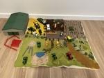 RP21: John Deere farm play set