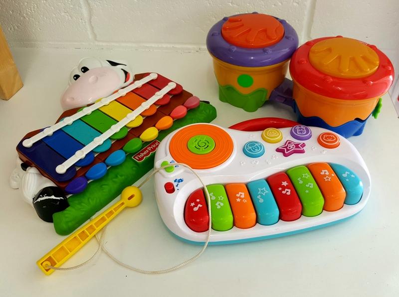 B15: Baby Music Play Set
