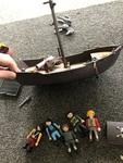T012: Playmobil brown ship
