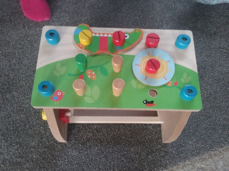 I016: Nature Play Table