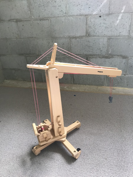 V002: Wooden Crane