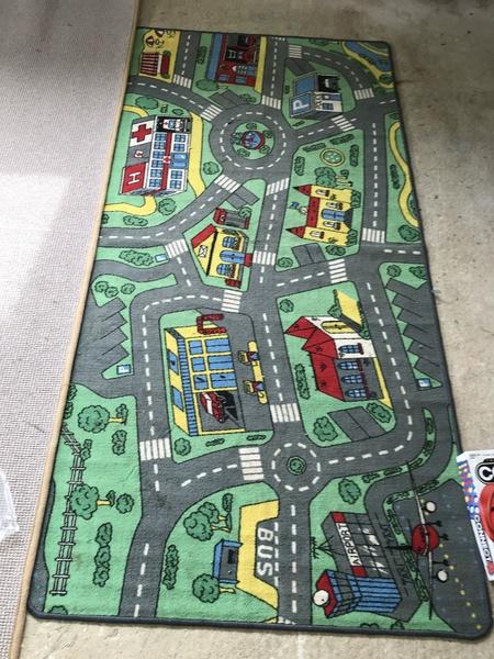T001: Car mat