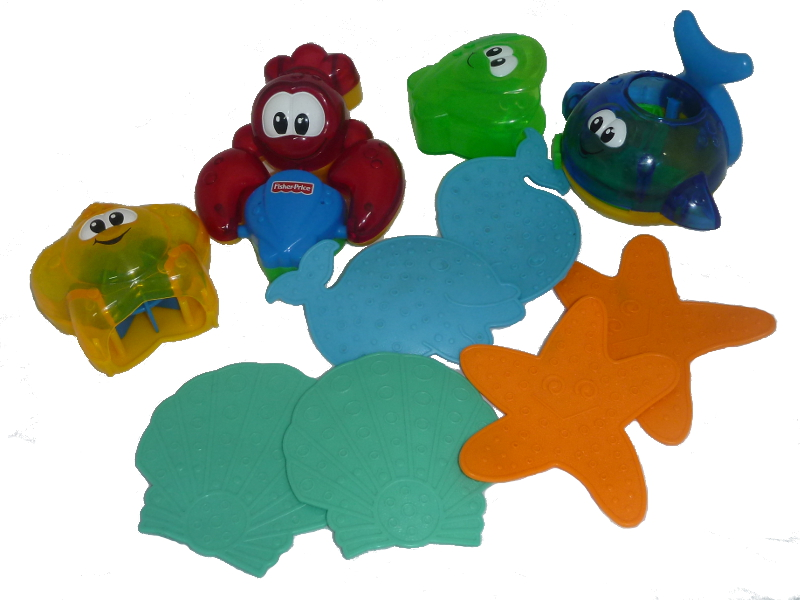 C245: Bundle of bath toys