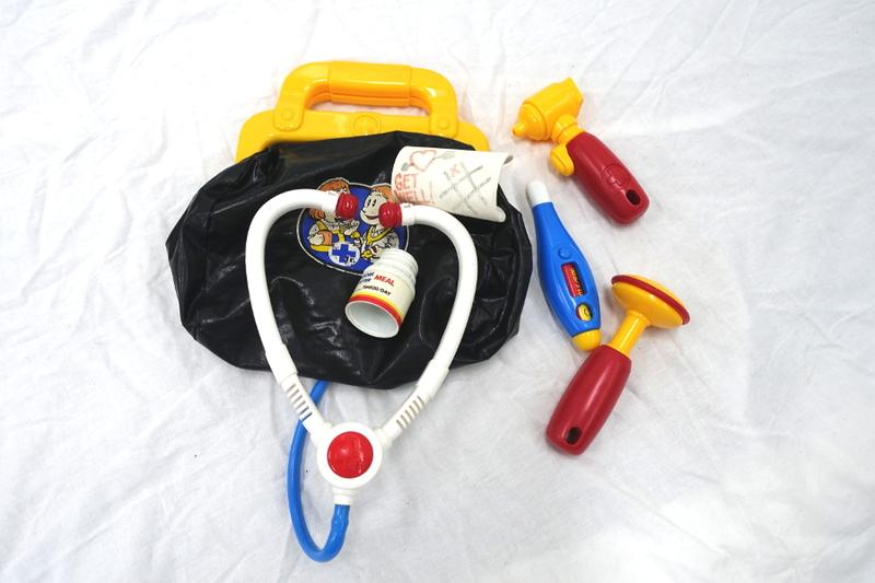E5390: Medical Kit