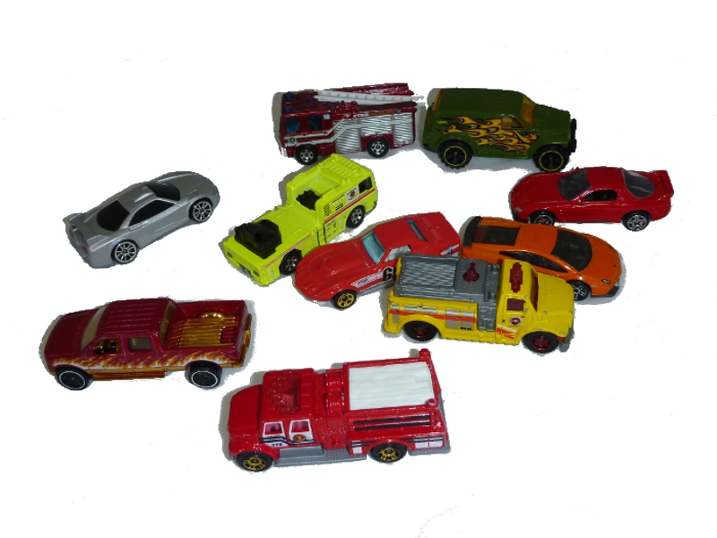 E4872: Diecast toy cars