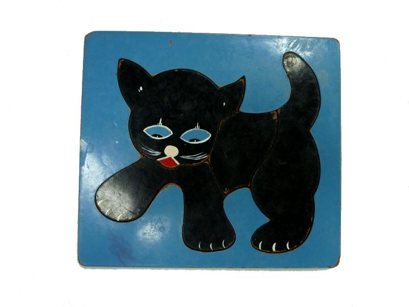 J8134: black cat puzzle