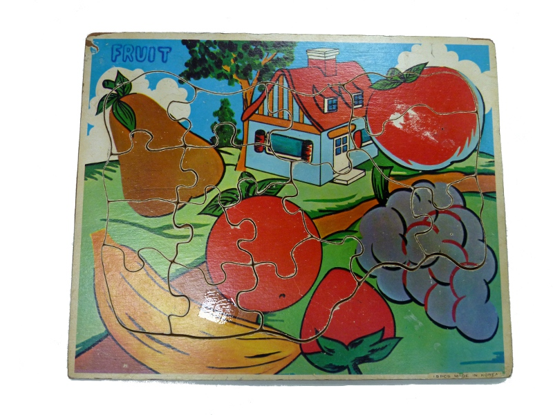 J8418: Fruit & House puzzle