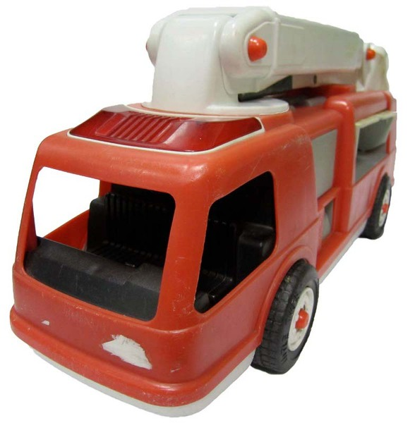 E5016: Little Tikes Fire Engine
